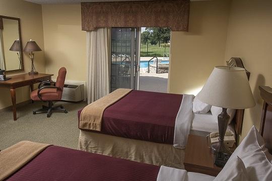 Pool Queen Room at Swan Lake Resort
